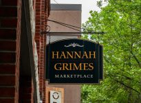 Hannah Grimes Marketplace sign