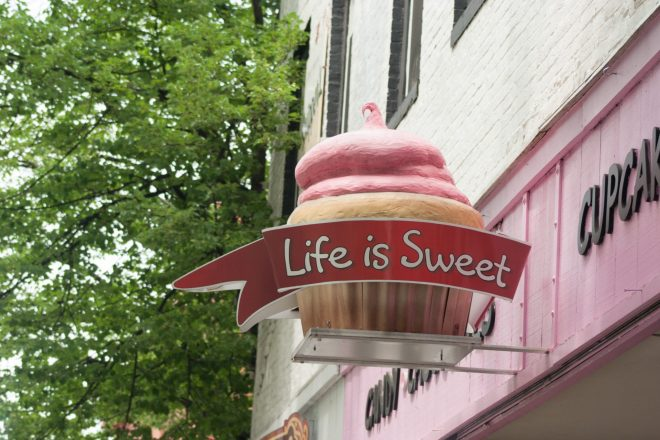 Life is Sweet sign