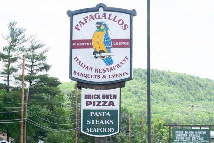 Papagallos Restaurant sign