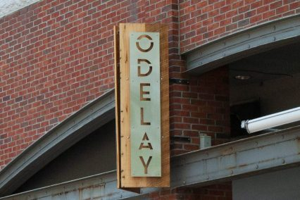 Odelay Sign