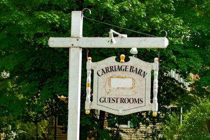 carriage barn Inn