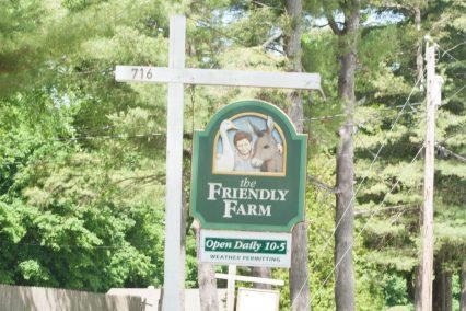 friendly farm sign
