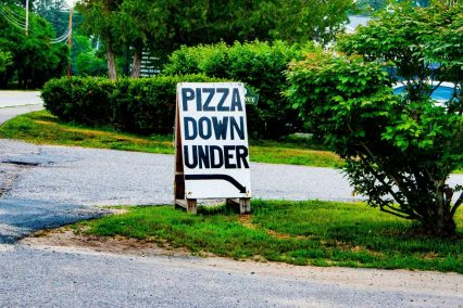 Pizza Down Under sign